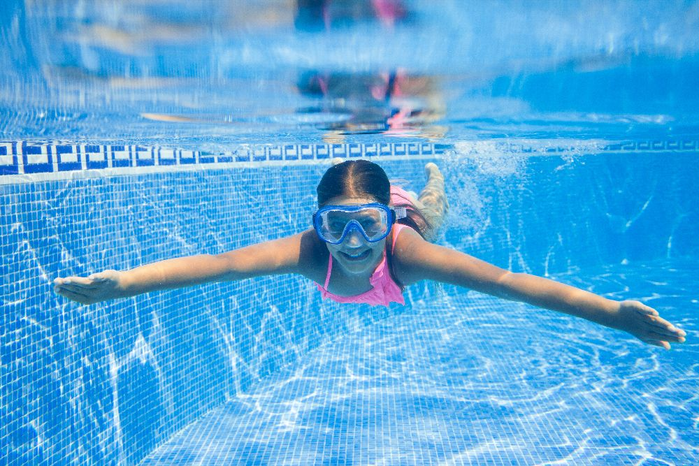 Why Children and Adults Should Opt for Private Swimming Lessons